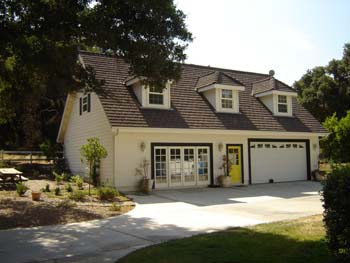 If you need a roof or skylight installation in Santa Clarita, CA, turn to us