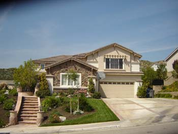 "If you're thinking, ""Who offers roof repair near me in Santa Clarita, CA?"" your search is over"